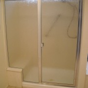 Semi frameless shower door